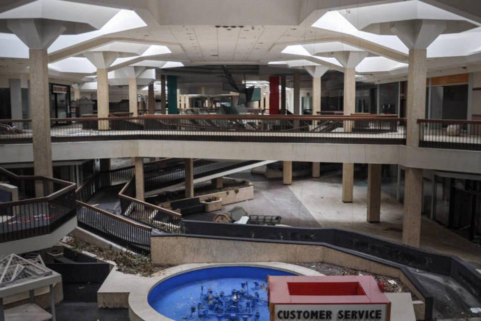 size_960_16_9_shoppingcenterabandonado12